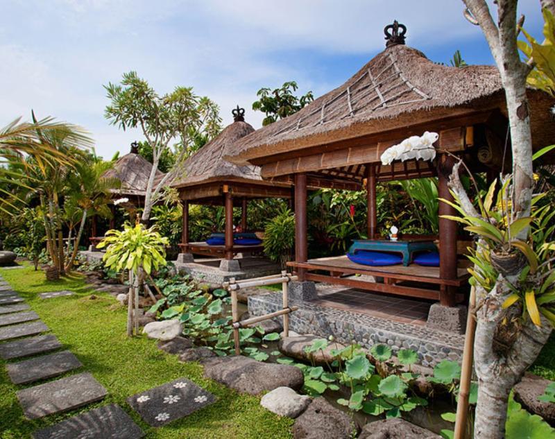 Cozy Restaurant in Ubud