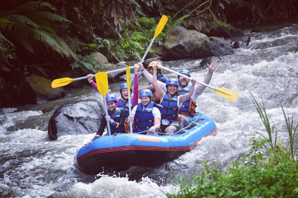 Navigate along Ayung River Rafting